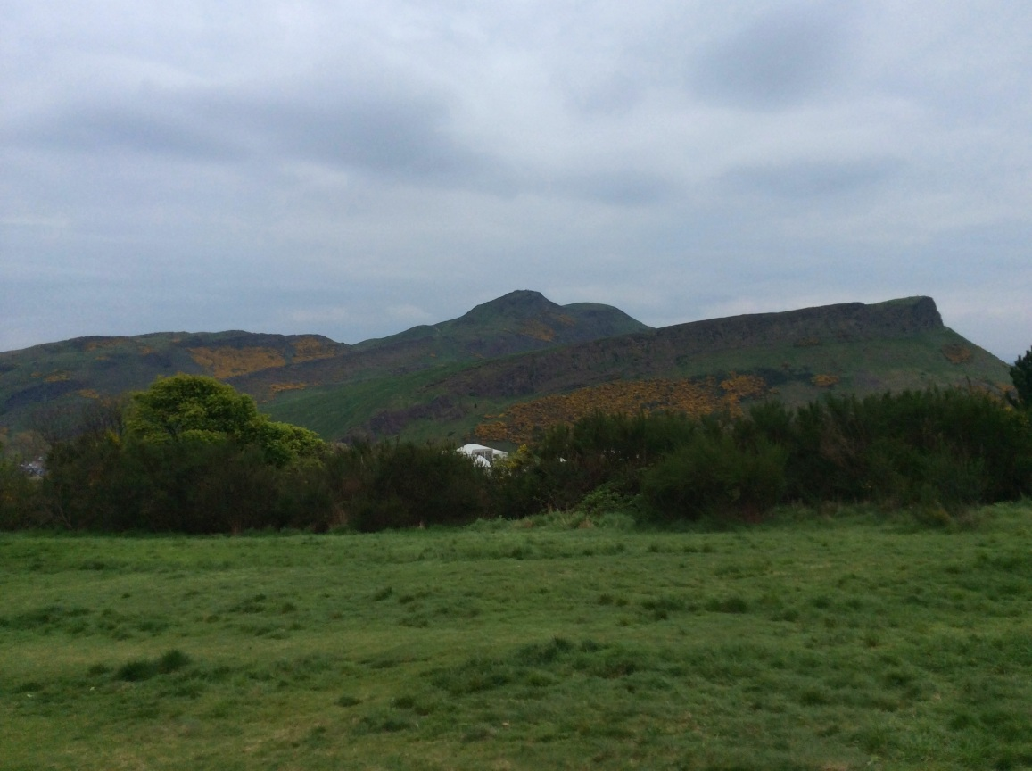 Arthur's Seat as seen from Calton Hill on a gray spring day, Edinburgh, 2014 Amy Cools.JPG