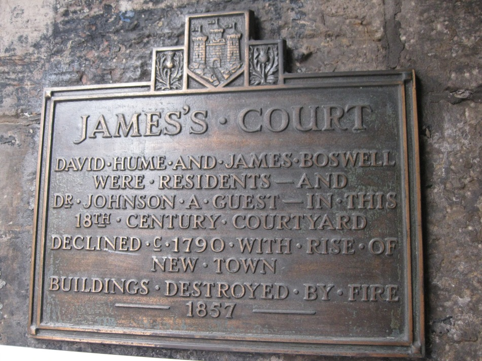 Plaque in close leading to James's Court, where David Hume lived for a time