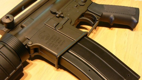 Assault rifle, image CC0 Public Domain, no attribution required, via Pixabay