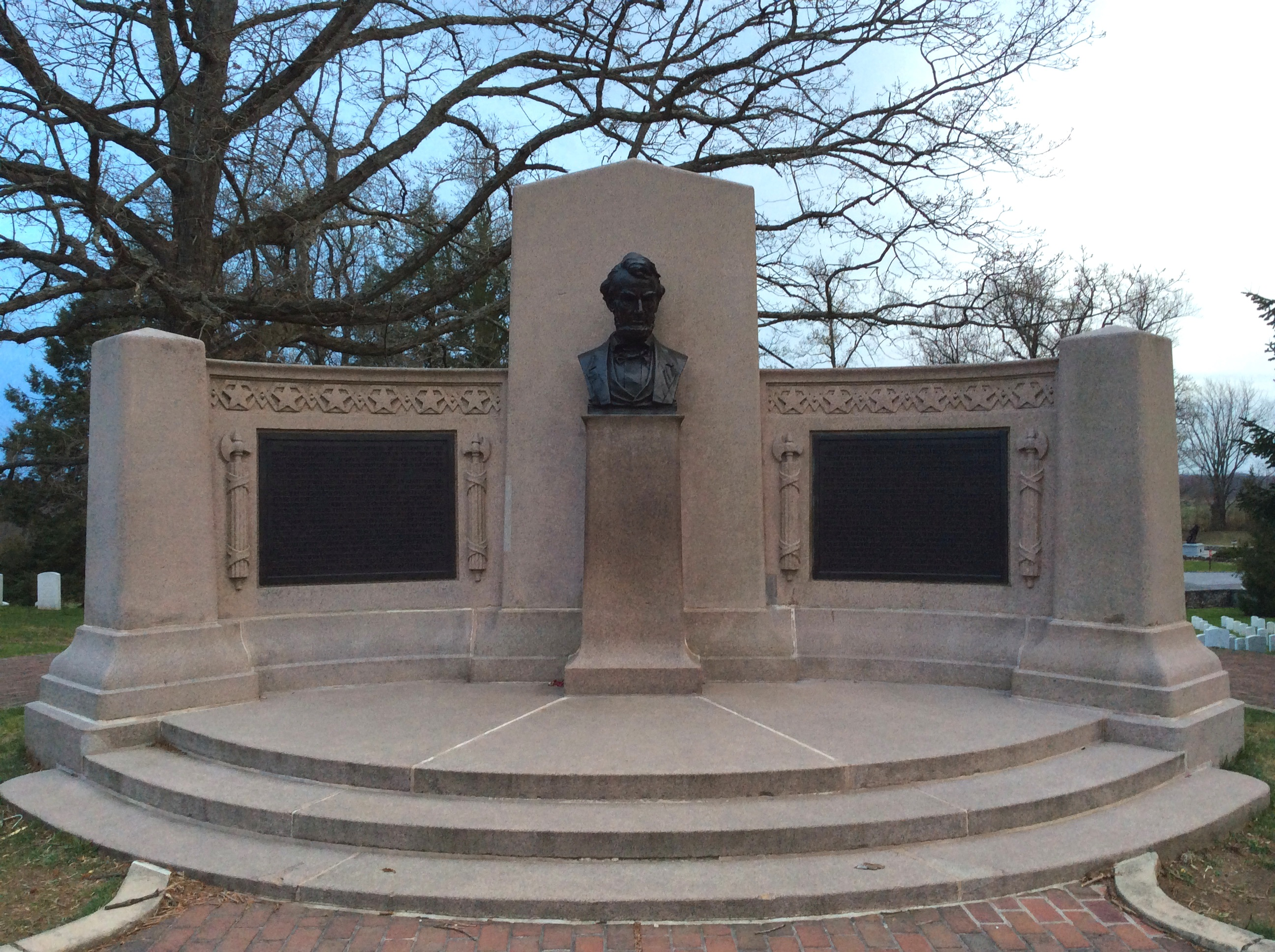 gettysburg address ordinary philosophy lincoln s gettysburg address memorial at ier s national cemetery