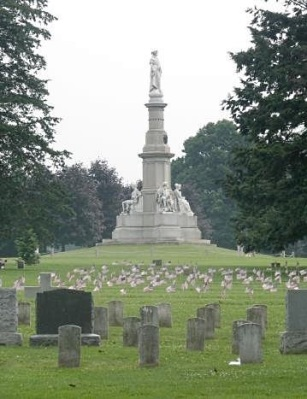 Soldiers National Monument, Gettysburg National Cemetery, photo by Henry Hartley, shared under Creative Commons Lic. 2.0