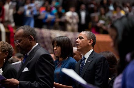 Obamas on Inauguration Day 2013 by P. Souza, Public domain via Wikimedia Commons