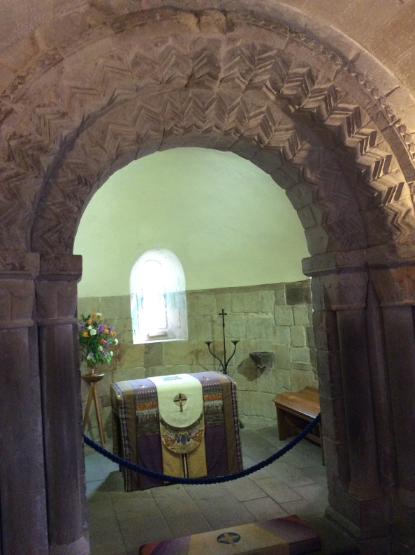 Decorated medieval arch in St Margaret's Chapel, Edinburgh Castle, 2014 Amy Cools.JPG