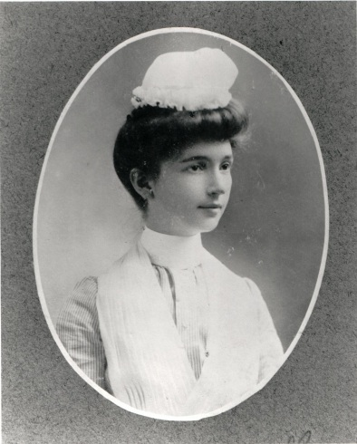 Margaret Sanger as a nursing student around 1900, by Boyce Photographer, White Plains, courtesy of the Sophia Smith Collection, Smith College