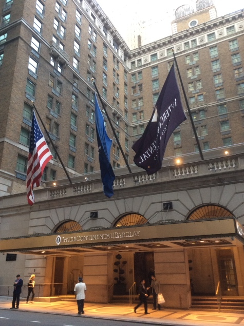 barclay-hotel-entrance-manhattan-nyc-photo-2016-by-amy-cools