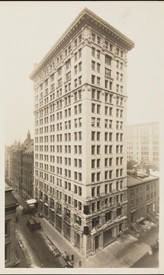 Stuyvesant Building, 100 Fifth Ave, at East 15th Street ca. 1910, photo courtesy of the Museum of the City of New York