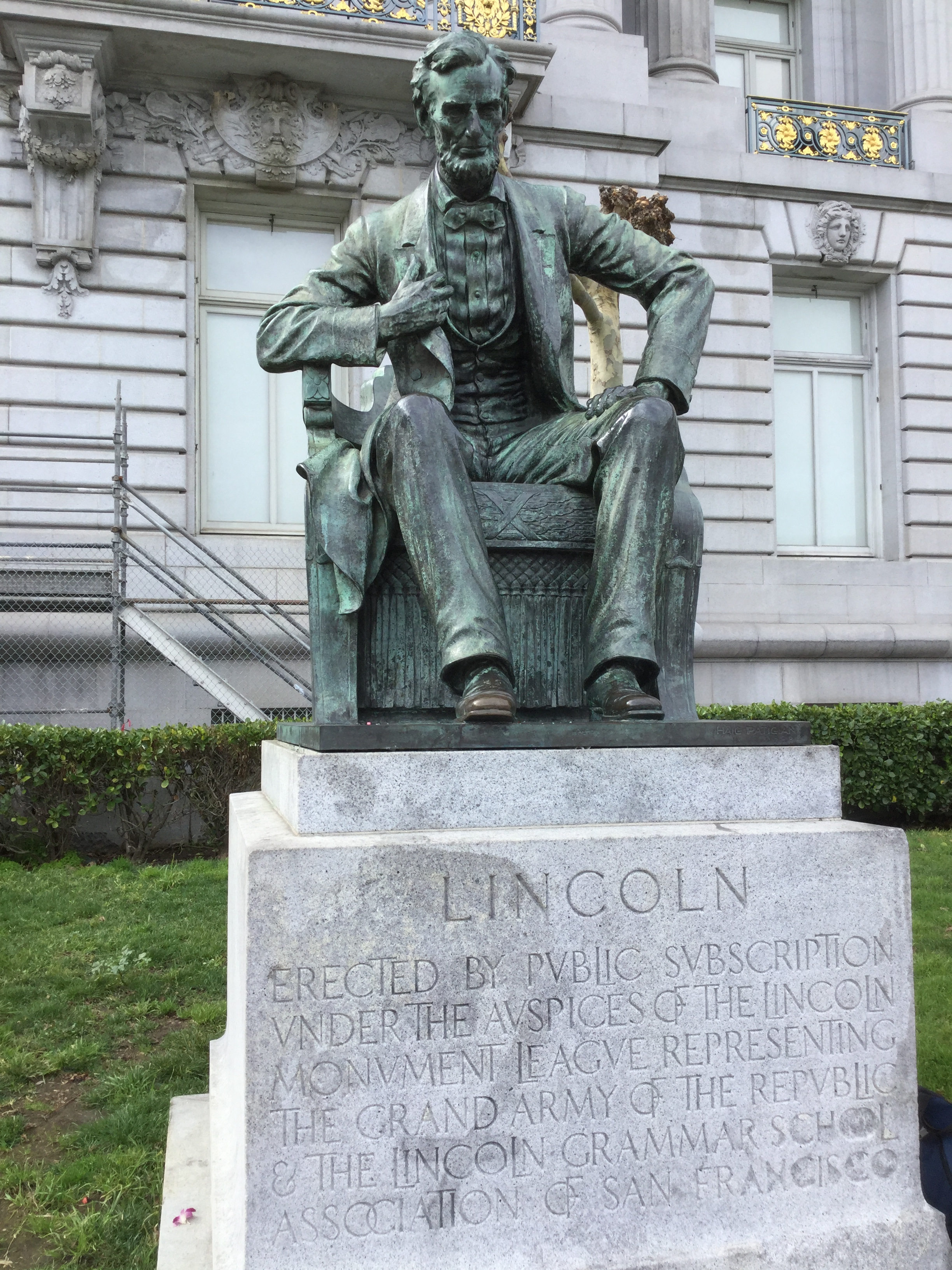 Statue of Abraham Lincoln outside of San Francisco's City Hall, photo 2017 by Amy Cools